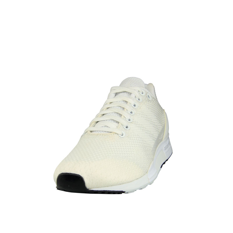 FOOT LOCKER - WHITE COLLECTION (8)