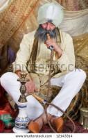ARABI-SHUTTERSTOCK-07