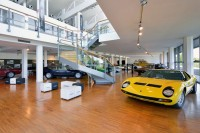 get-inside-the-museo-lamborghini-with-google-maps-7